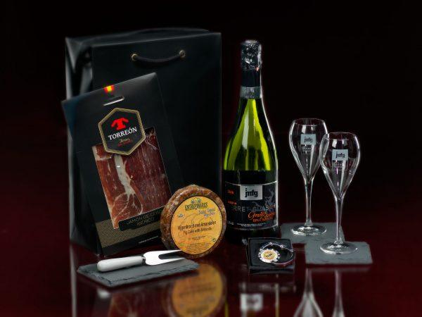 J.M. Ferret Guasch Luxury Cava Gift Box relatiegeschenk