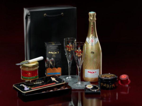 Luxury champagne gift box maxims de paris relatiegeschenk